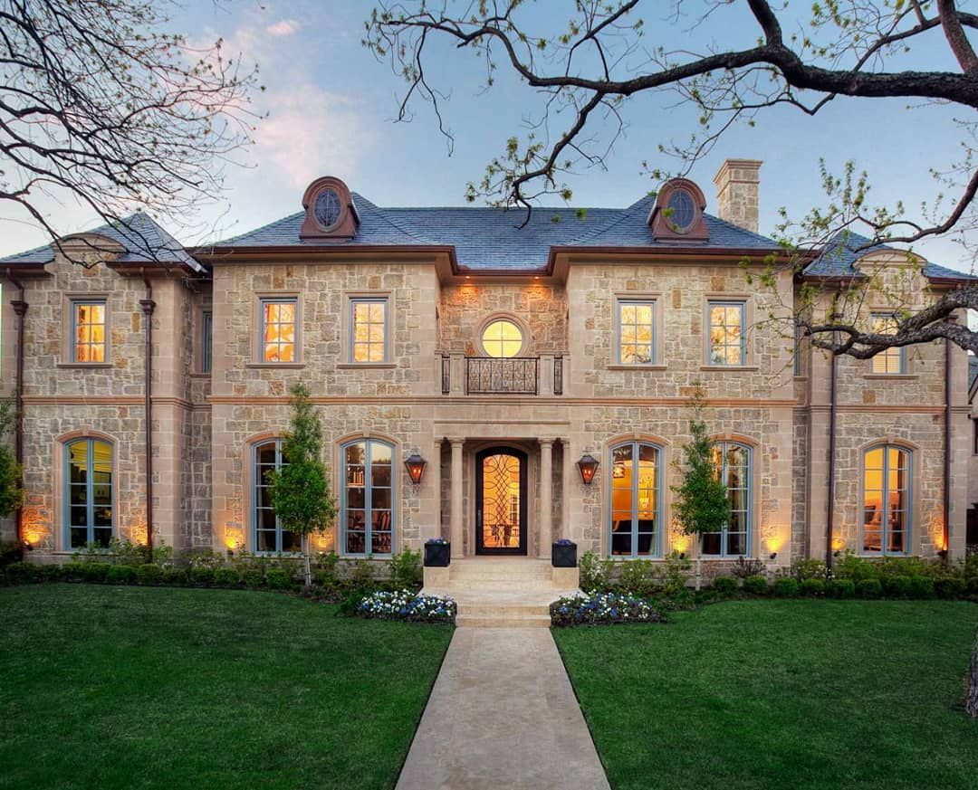 Goodnight 😍 gorgeous stone mansion in texas texas homes mansion mansions