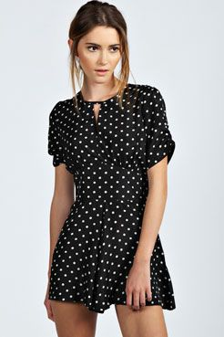 Collections Sale Online Boohoo Tea Style Floral Polka Dot Playsuit Real Sale Deals HwlN3CsXZ1