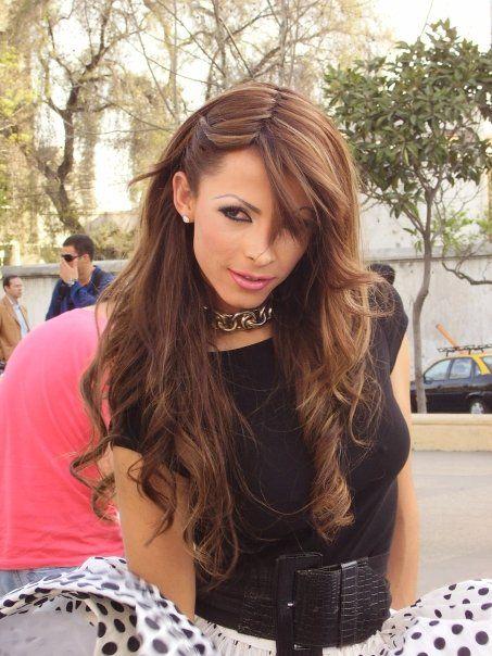 Arianda Sodi | How to look handsome, Gorgeous women, Long