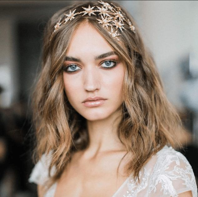 51 Romantic Wedding Hairstyles: The Celestial Stars Headband (With Images)