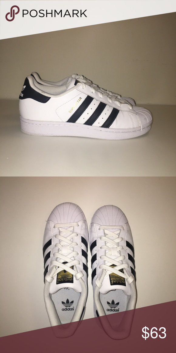 adidas superstar black and white women's size 4