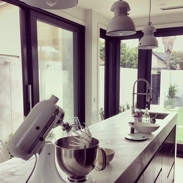 Manhattan Apartment Kitchen Design: Calcutta Marble Bench Top Via Bec Judd. Alterative