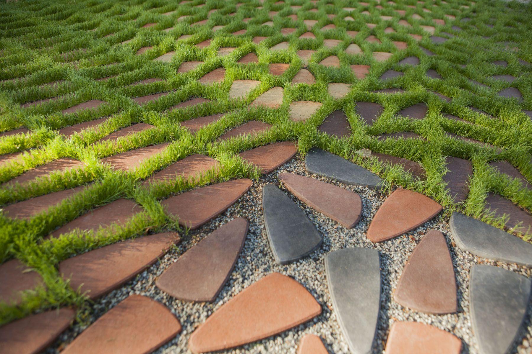 Beneficios eco suds breinco pavimento drenante for Como colocar adoquines en el jardin
