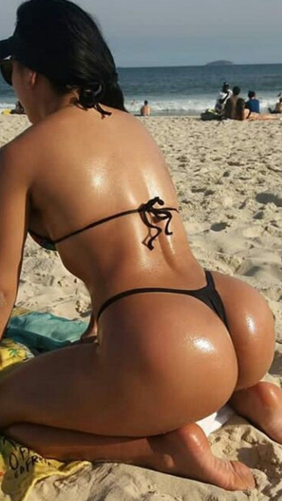 Express gratitude Bubble butt string bikini