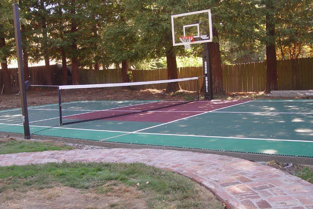 small backyard basketball court Click Here #outdoorbasketballcourt