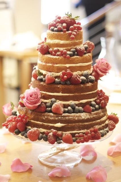 How To Make A Rustic Cake Vintage And Victoria Sponge Wedding