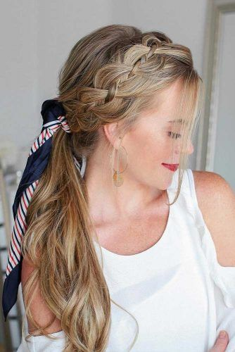 61 Incredible Hairstyles For Thin Hair Lovehairstyles Hair Styles Low Ponytail Hairstyles Headband Hairstyles