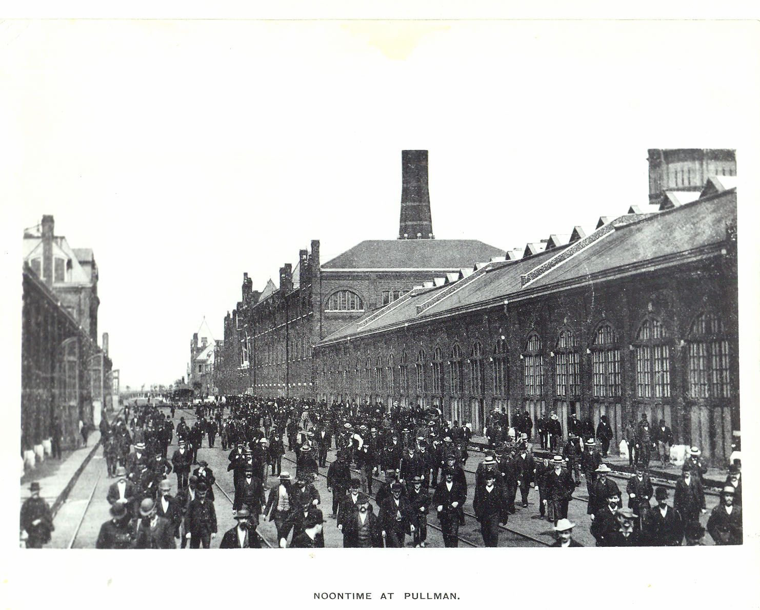 Pullman Factory Workers At Lunchtime C 1890 Workers Leaving Factory For Lunch Note Factory Workers In Suits Chicago Photos Chicago History Chicago Illinois