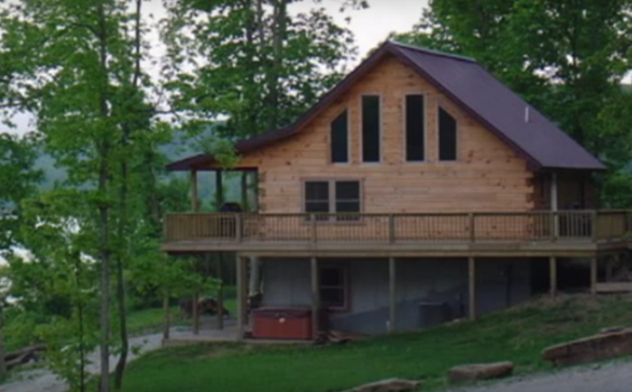 You Ll Never Forget Your Stay In These 7 One Of A Kind Indiana Cabins In 2020 Cabin Cabin Vacation Lodge Rentals