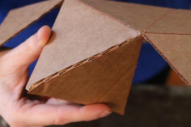 Diy Geometric Concrete Bookends Tutorial Serre Livres Livre Geometrique Bricolage En Beton