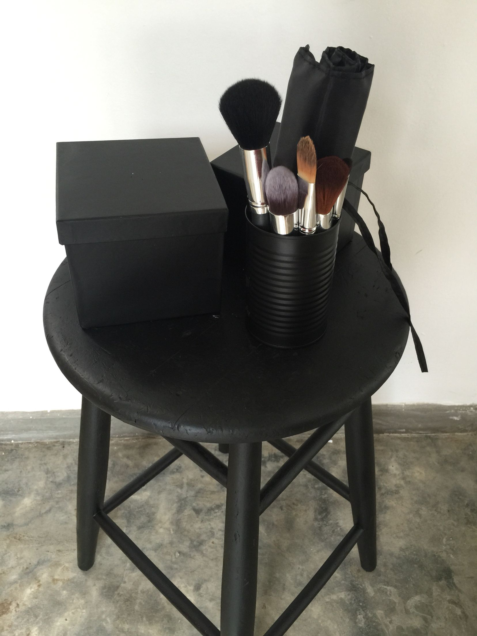 Diy Matte Black Spray Paint Cans Boxes And Stool Matte Black Spray Paint Spray Paint Cans Black Spray Paint