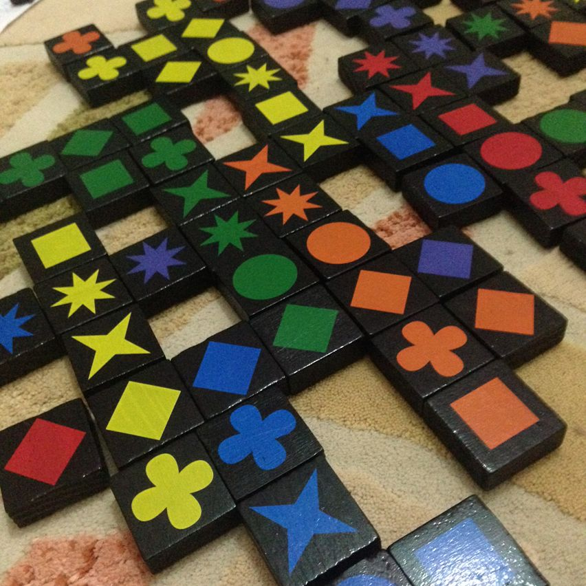 78 Begenme 5 Yorum Instagram Da Akil Ve Zeka Oyunlari Iqoyuncak Yine Cok Keyifli Bir Aile Oyununun Dibine Dustuk Qwirkle Oyunu Oyun Instagram Oyuncak