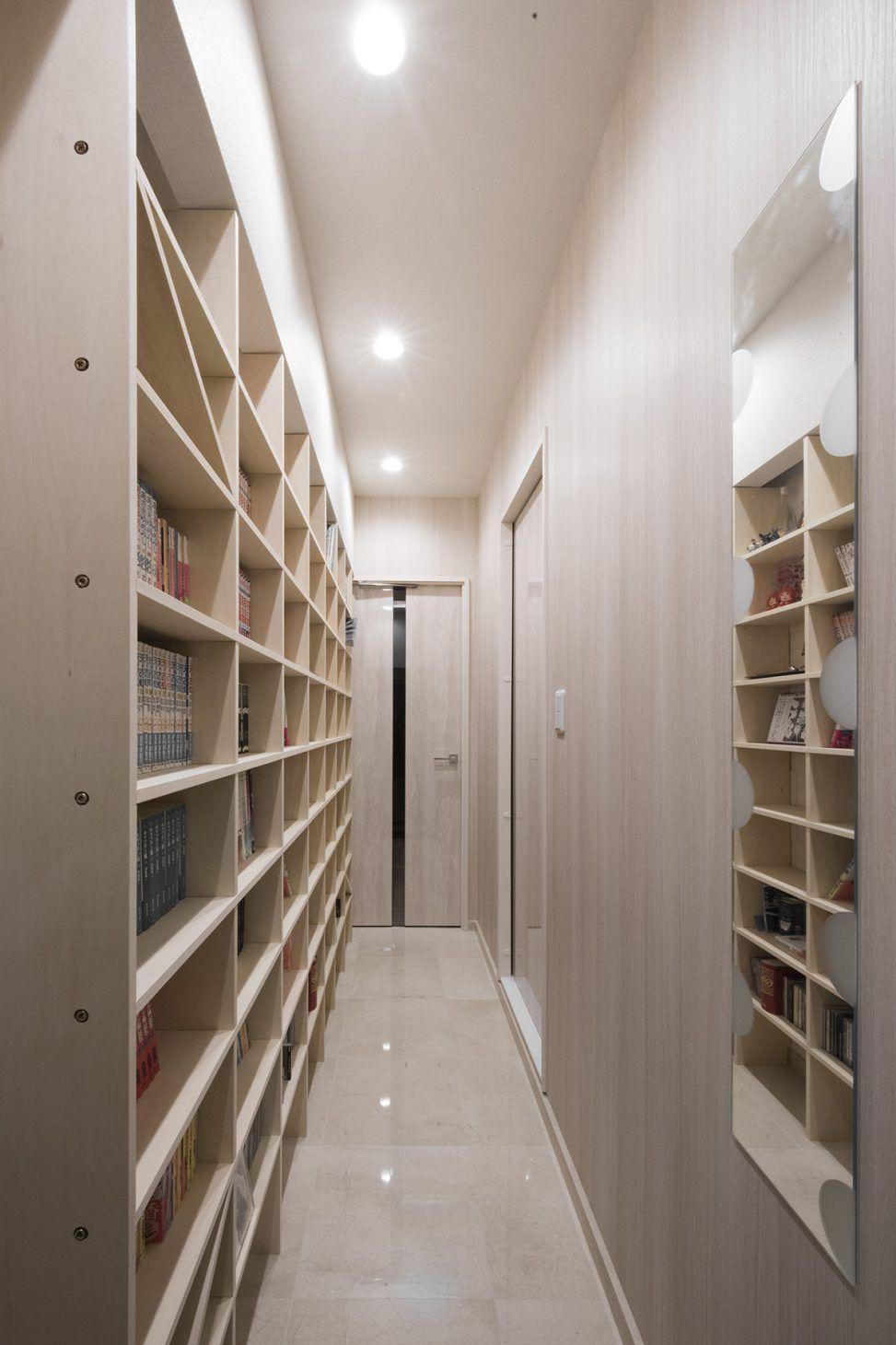 壁一面のコミック本棚 奥行180mm Shelf No 19 本棚 ワンルームマンション コミック 本棚