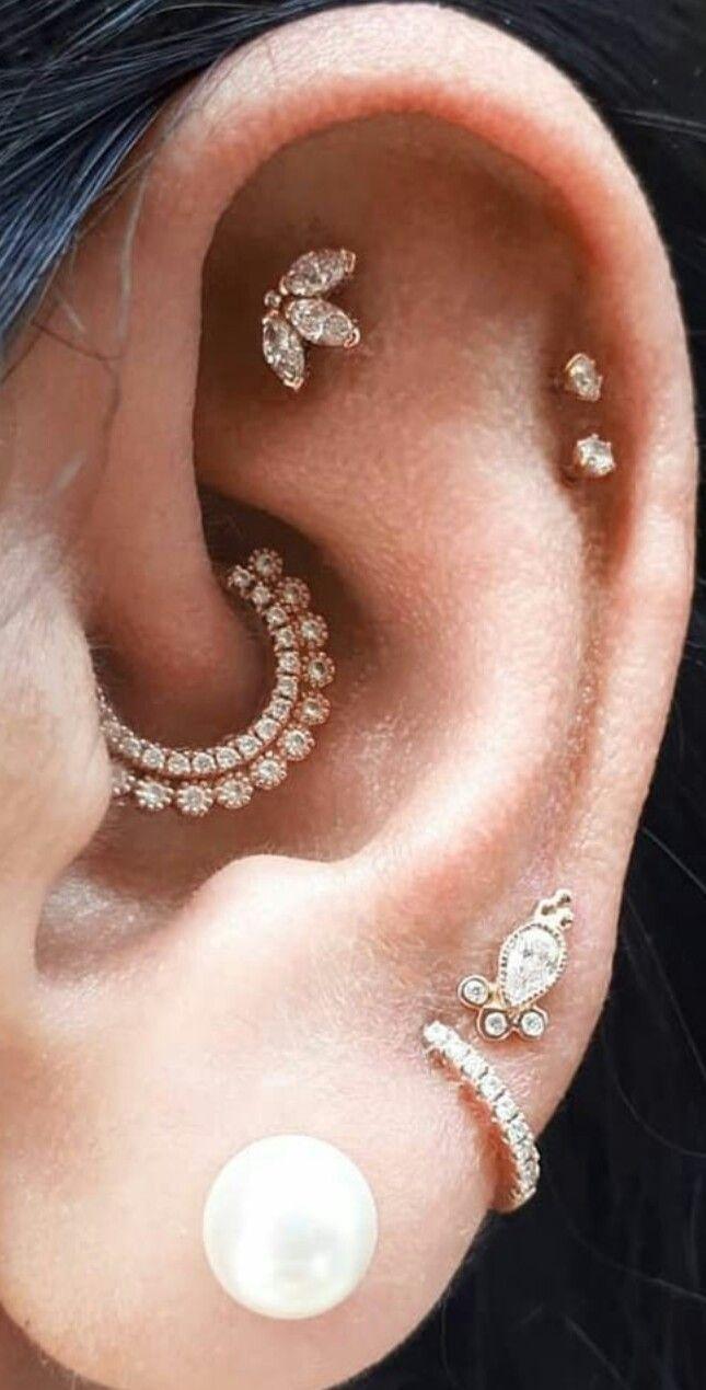 Diamant funkeln  Diamond sparkle   Diamant funkeln   #Diamant #Funkeln #earpeircings