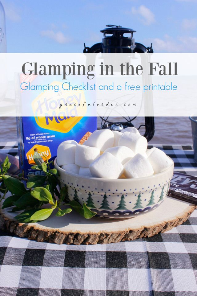 Glamping in the Fall = camping with glamour    Luxury camping | Outdoor | Tent | Picnic | Table |