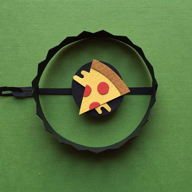Day 85: Trap #100daysofpapercutz #the100dayproject #cutpaper #papermade #illustration #pizza #paperart