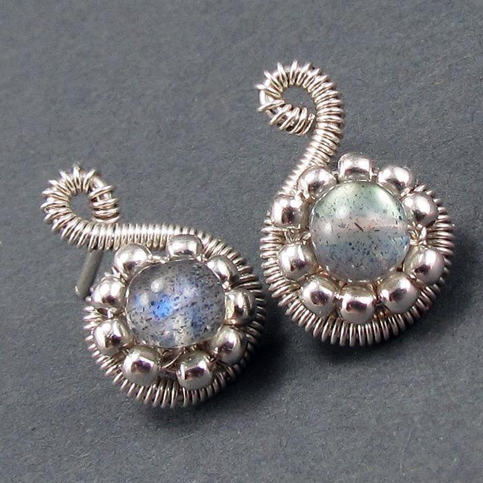 Free Jewelry Pattern: Beaded Spiral Post Earrings