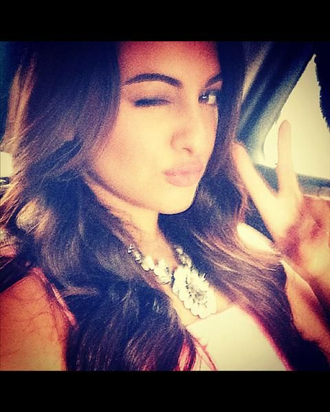 When In Doubt Don T Forget To Pout Just Like The Lovely Sonakshi