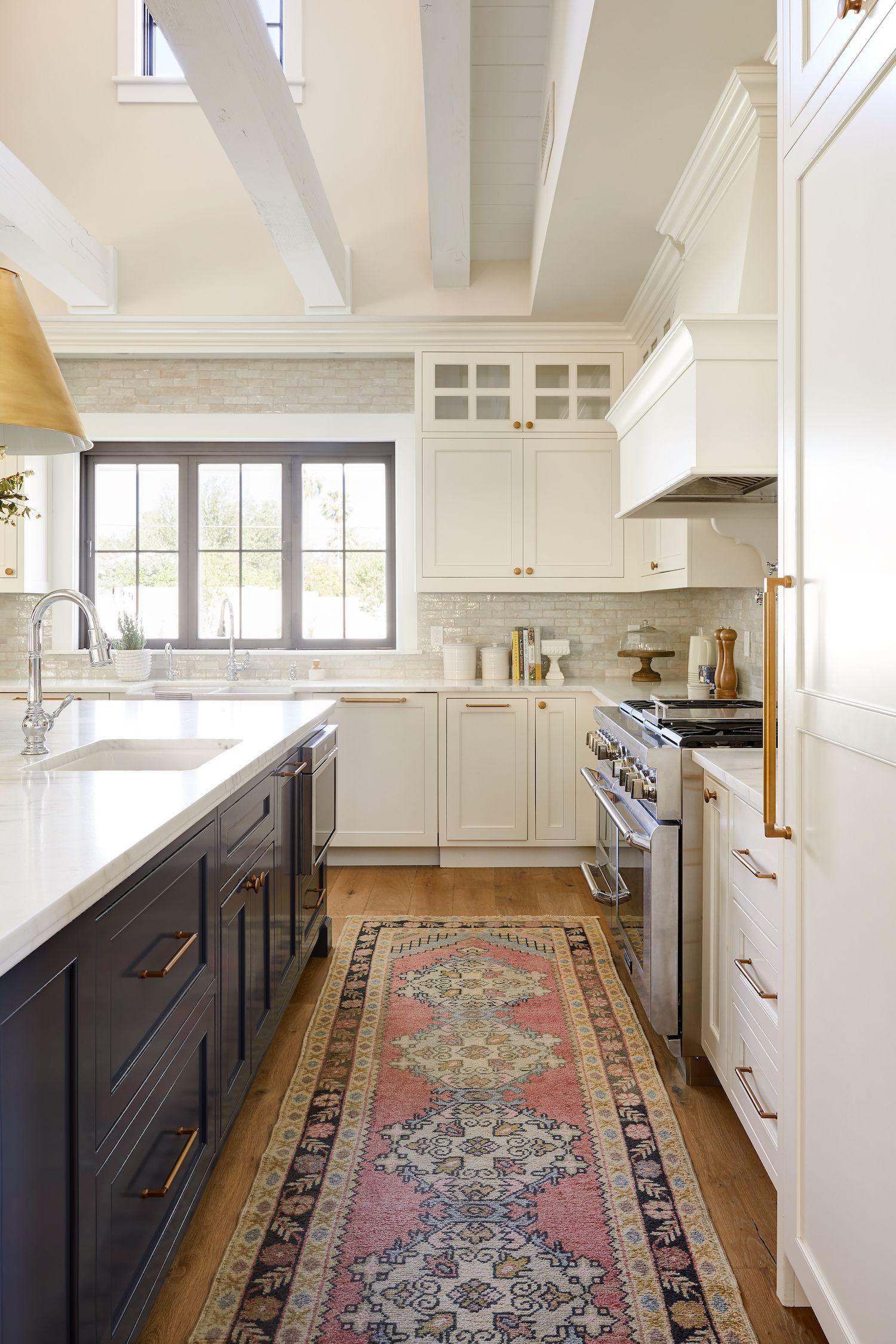 White And Navy Kitchen Design By Phoenix Interior Designer Lexi Westergard Design The Identite Collect Kitchen Design Interior Design Kitchen Kitchen Remodel