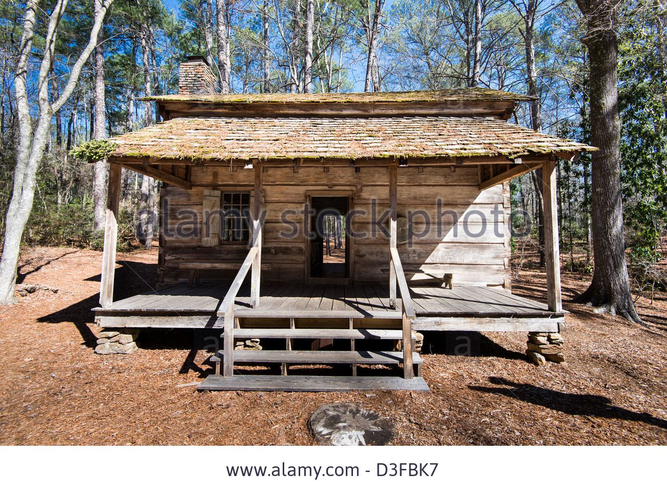 Exceptionnel This Hand Hewn Longleaf Pine Log Cabin Was Built Around 1830 Imoved To  Callaway Gardens, Pine Mountain, Georgia In   Stock Image