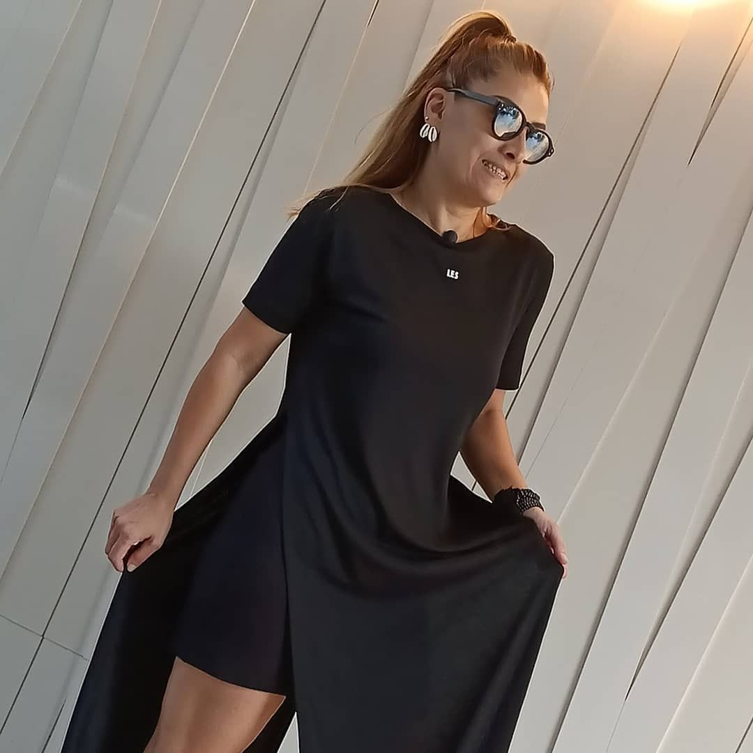 ❤️Elbise❤️♥♥#istanbul#izmir#ankara#bursa#alisveriş #butik#tarz#moda#fashion#giyim#onlineshop#kombin#ayakkabı#aksesuar#çanta#triko#instafashion#shopping#stil#model#fashionblogger#elbise#instagood#instadesign#instablogger#elbise#kenzo#women#womenfashion#womenstyle#tshirt #ankarastil ❤️Elbise❤️♥♥#istanbul#izmir#ankara#bursa#alisveriş #butik#tarz#moda#fashion#giyim#onlineshop#kombin#ayakkabı#aksesuar#çanta#triko#instafashion#shopping#stil#model#fashionblogger#elbise#ins #ankarastil