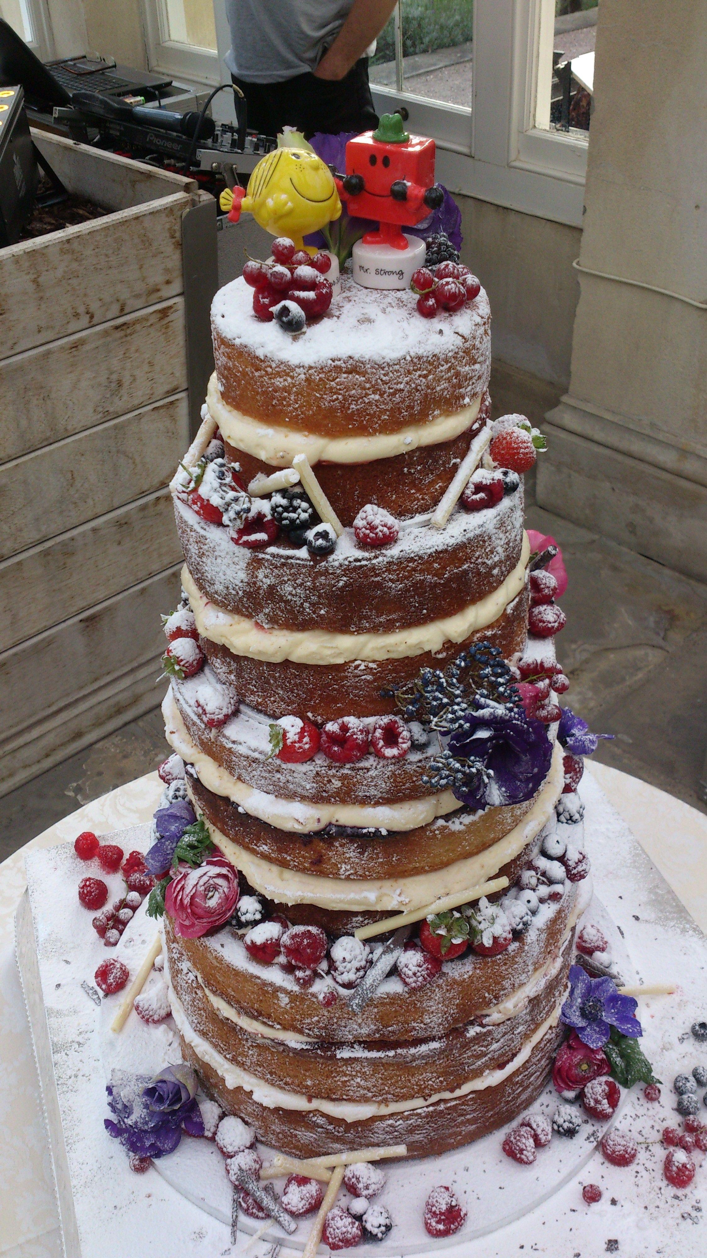 Rustic (Naked) Wedding Cake.