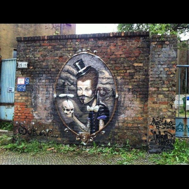 #sokar #art #arteurbano #creative #graffiti #graf #gullyart #handmade #photography #streetart #streetartist #streetphotography #urbanart #wallart #wallporn #artist #artporn #artwork #instagraffiti #spraycan #spraypaint #aerosolart #vandal #vandalart #losmuroshablan #luislucas #aerosol #pinturafresca #letterscience #streetartproject