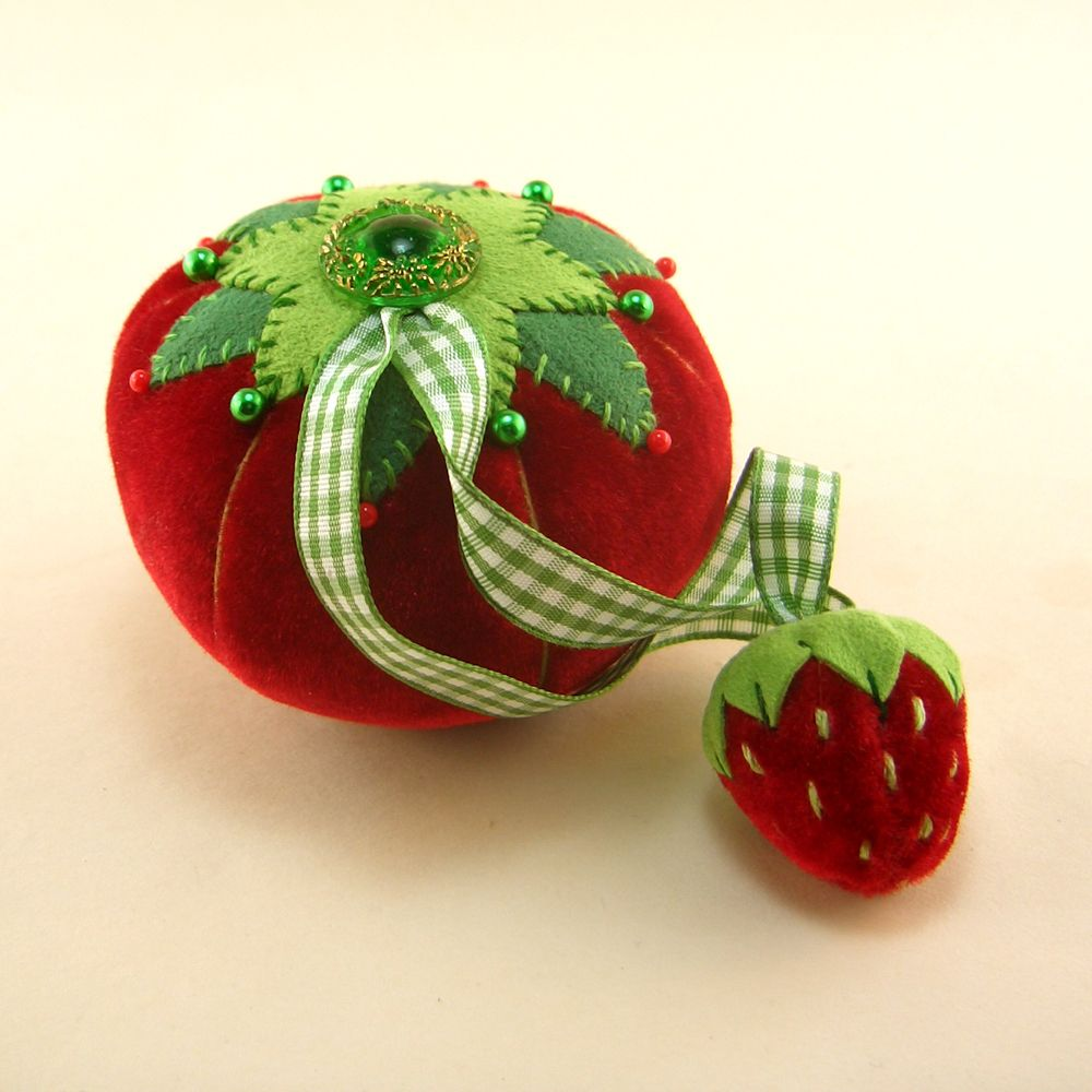 Ooak Velvet Tomato Pin Cushion Strawberry Emery By Janie Comito