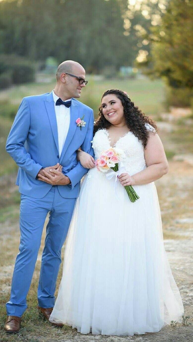 Real plus size bride wearing curvy bridal gown Rose from Studio ...