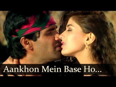 Sonali Bendre Kissing Scene