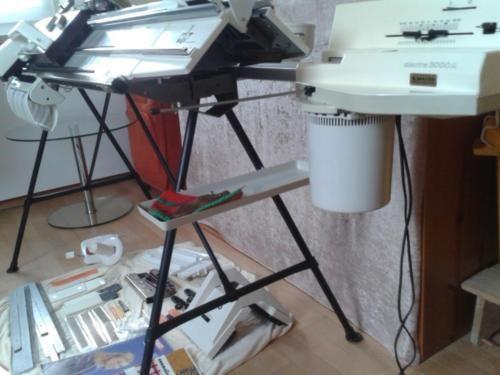 strickmaschine pfaff passap duomatic 80 doppelbett mit motor in kr alt tting unterneukirchen. Black Bedroom Furniture Sets. Home Design Ideas