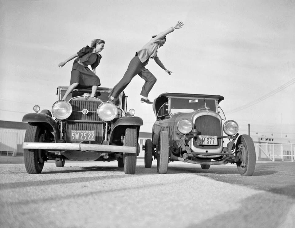 Hot Rod Girls Stunts, Photo, Automobile