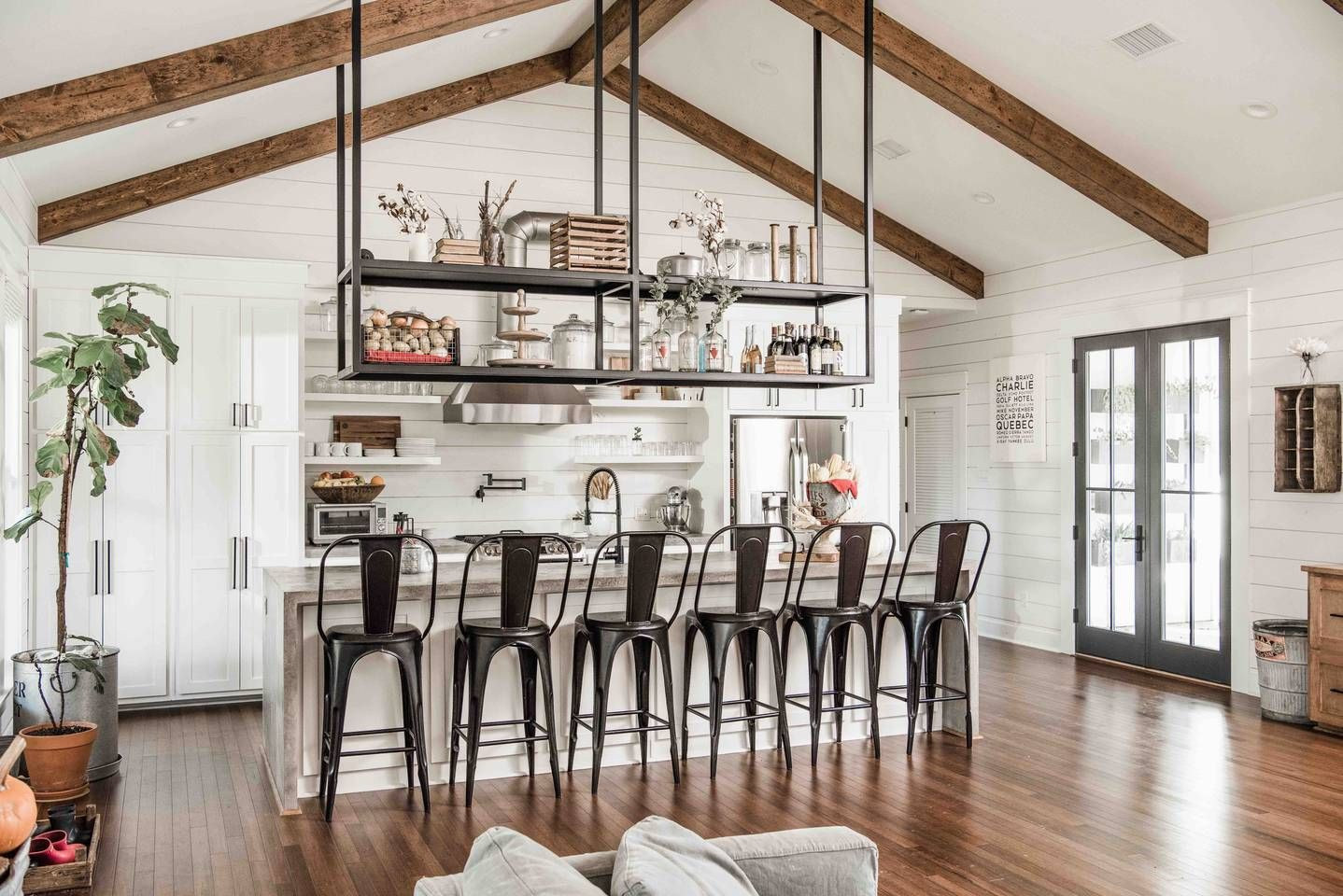 Chip And Joanna Gaines Fixer Upper House For Rent On Airbnb