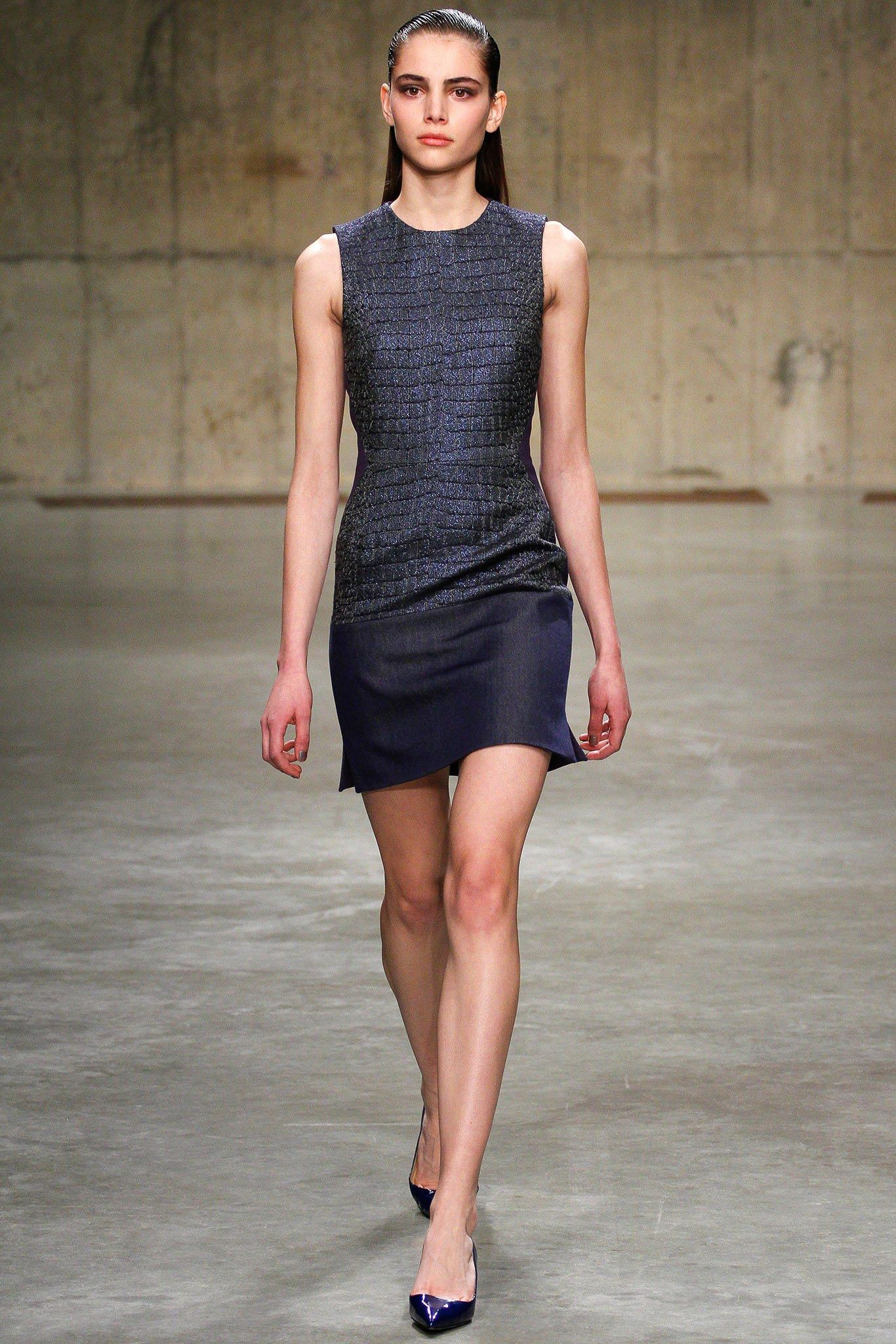 See the complete Richard Nicoll Fall 2013 Ready-to-Wear collection.