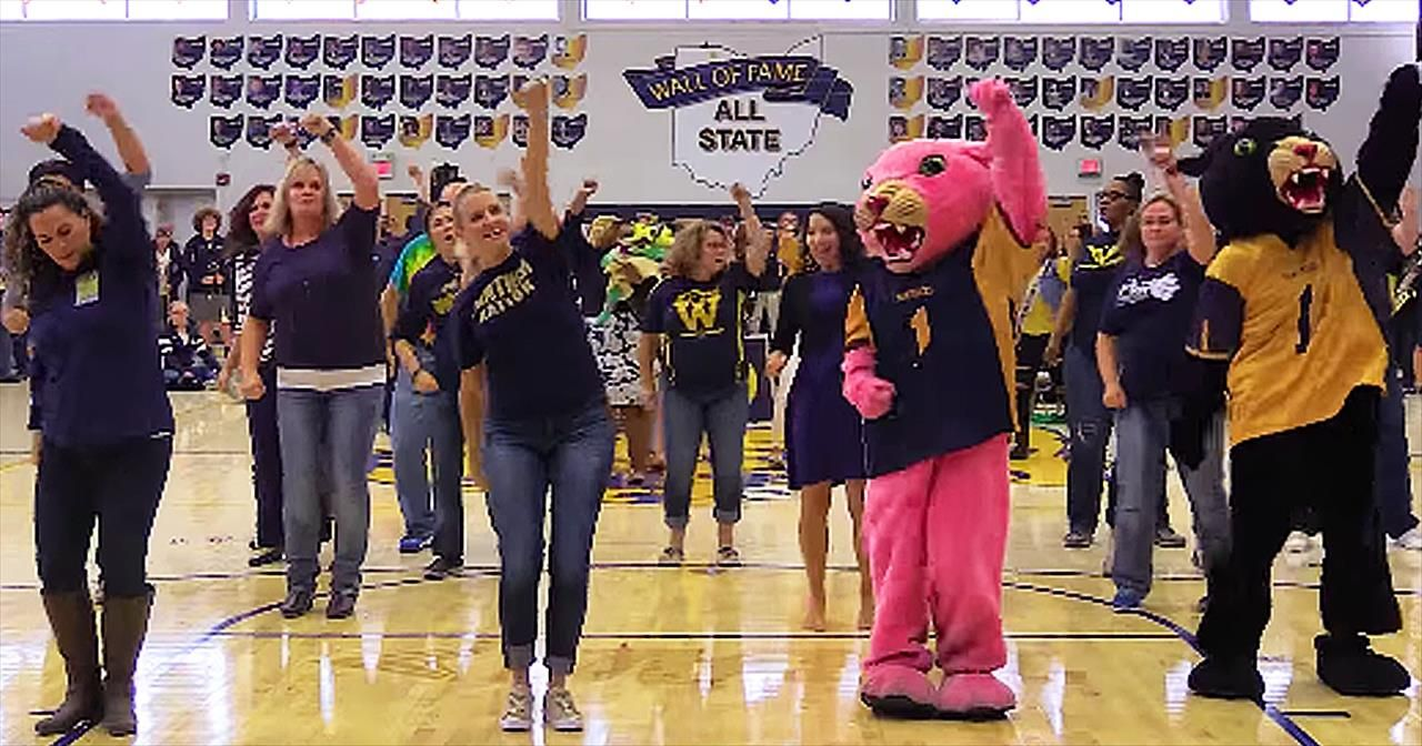 The Students Of Whitmer High School In Toledo Ohio Were In For A Surprise During Their Recent Pep Rally The Principal Was In Flash Mob Pep Rally Pep Assembly