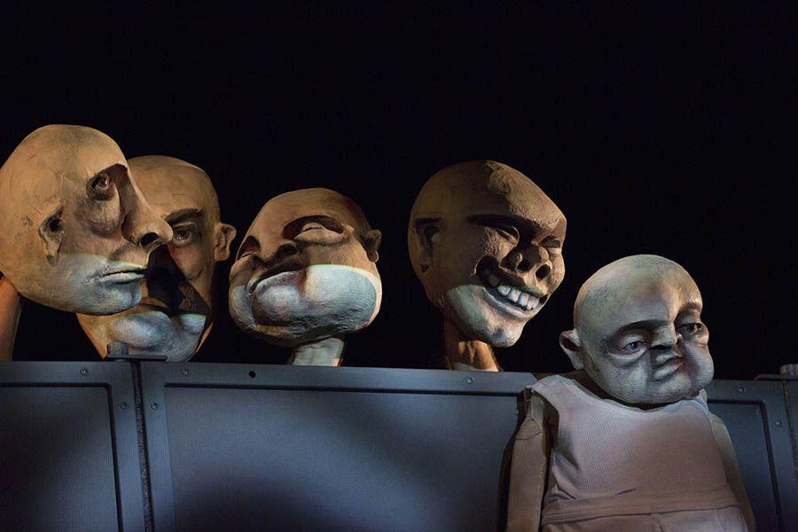 Kleists Kohlhaas im Puppentheater Gera - Szenografie | Puppenbau: Sylvia Wanke - Foto: Stephan Walzl