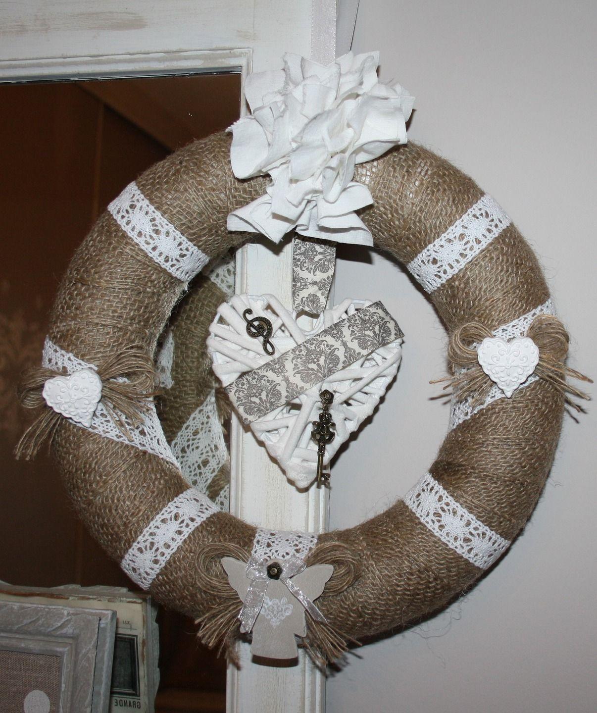 Couronne demi cercle en polystyrene et son coeur central for Coeur couronne et miroir apollinaire