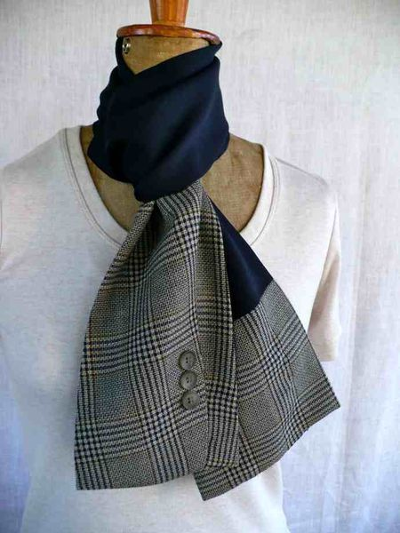 suit sleeve + recycling = new scarf #men'ssuits