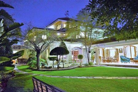Puerta de Hierro Jardin grande con pond Casas en venta