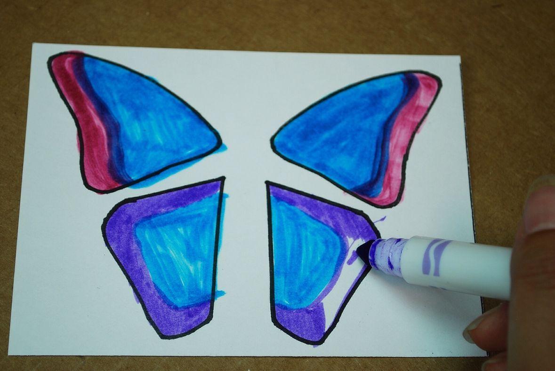 Make A Fluttering Butterfly In 2021 Flying Butterfly Card Paper Butterflies Butterfly Template
