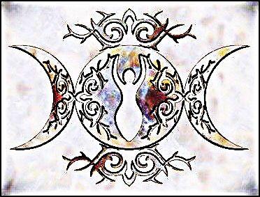 Triple Moon Goddess Tattoo Idea Idees De Tatouages Tatouage Feerique Symboles Celtiques