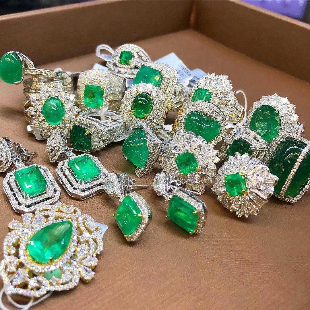 Petchchompoo Jewelry Thailand No1 Precious Timeless Luxury Jewelry Highjewelry Emerald Precious Jewelry Luxury Jewelry Jewelry