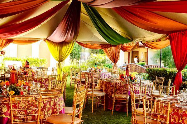 Telas para decorar tu fiesta de 15 a os cortinados for Telas para decorar salones