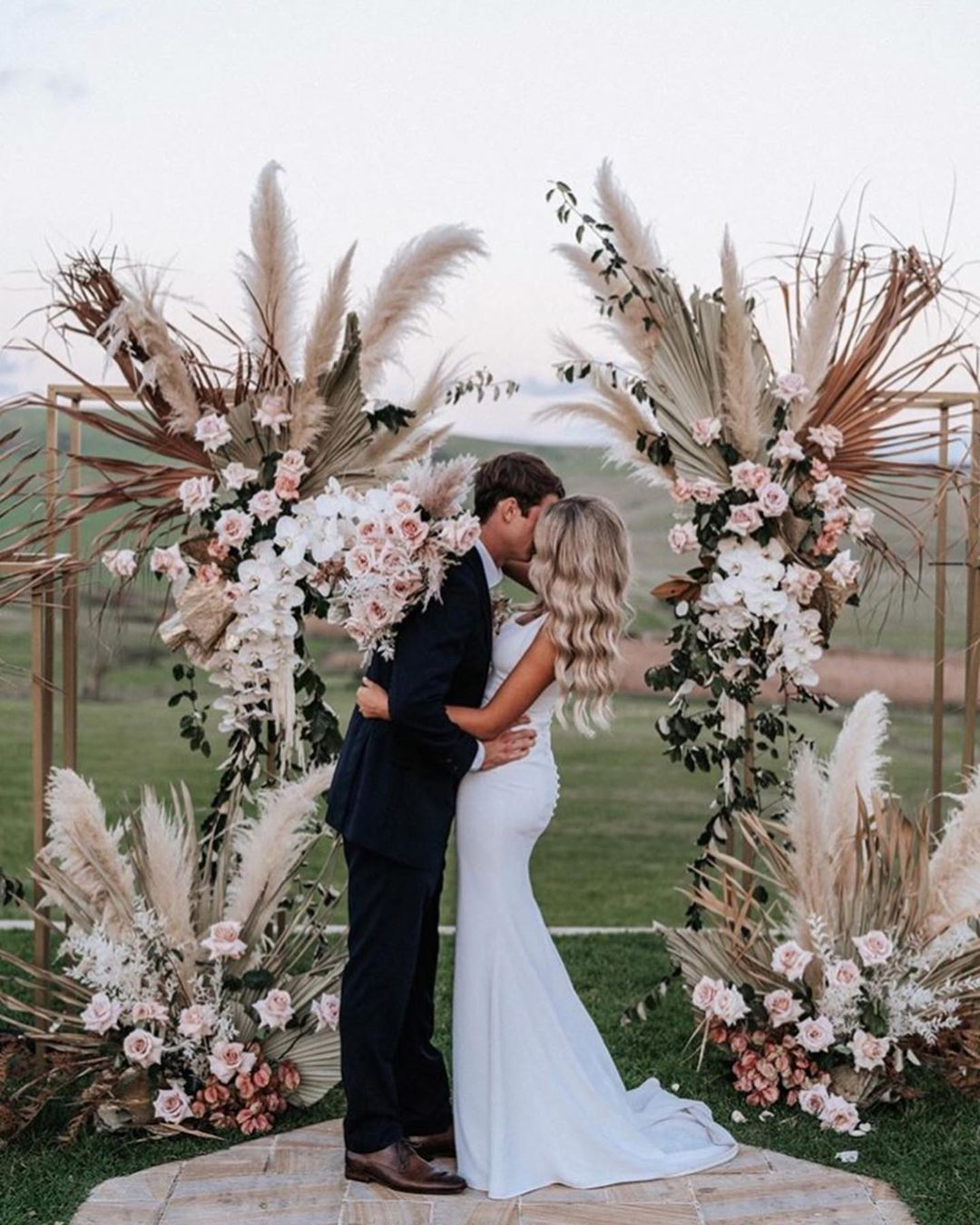 "Mrs Smith Weddings on Instagram: ""WEDDING INSPO 
