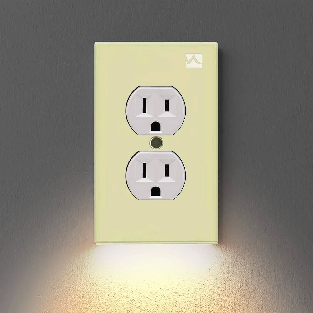 Outlet Wall Plate With Led Night Lights No Batteries Or Wires Ul Fcc Buybuydays In 2020 Led Night Light Plates On Wall Night Light