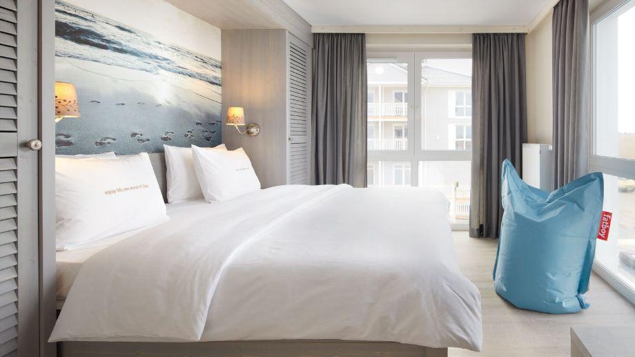 Großes schlafzimmer ~ Großes schlafzimmer zwei schränke bedroom room