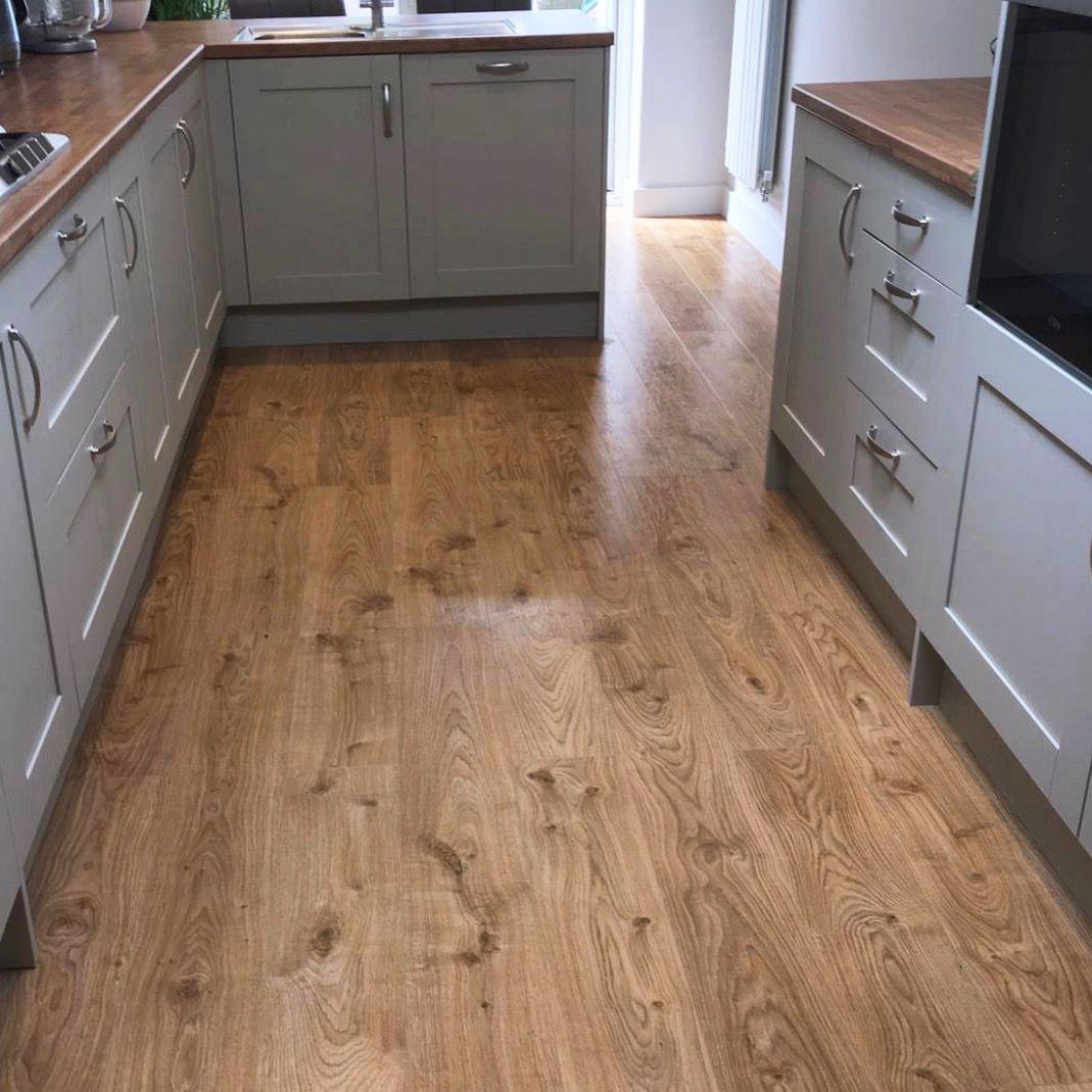 Warm oak floors Flooring, Living room wood floor