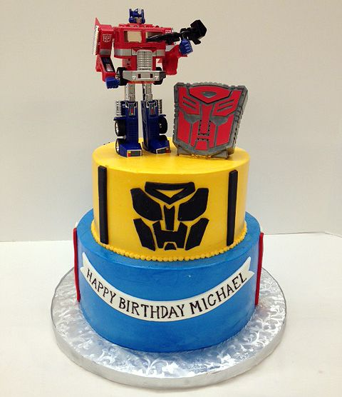 Admirable A Very Special Transformers Birthday Cake Featuring Optimus Prime Personalised Birthday Cards Paralily Jamesorg