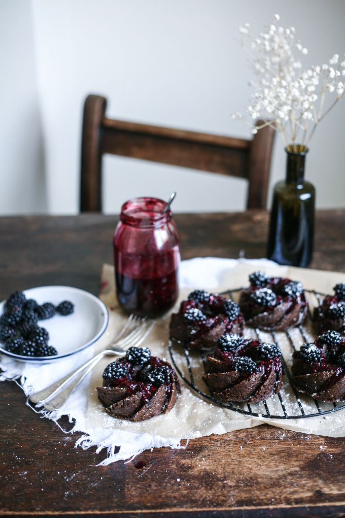 sweetoothgirl: Gingerbread Bundt Cake w/ Blackberry Sauce