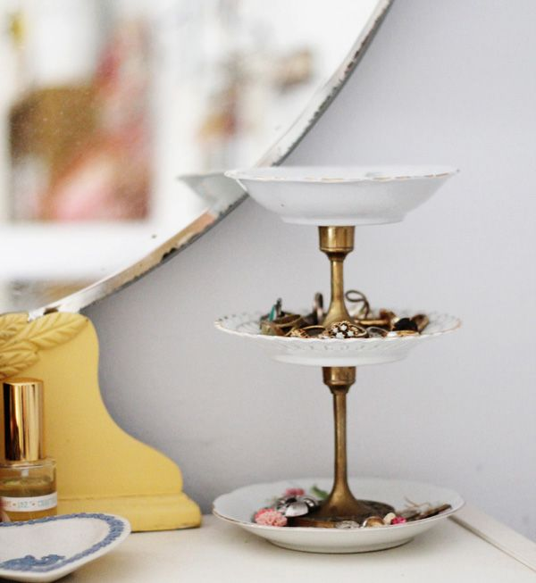 This chic jewelry stand comes together after just one trip to the thrift store. Pick up some vintage candle stick holders patterened plates and super glue ... & 11 Stylish Jewelry Organizers You Can DIY | Super glue Jewelry ...